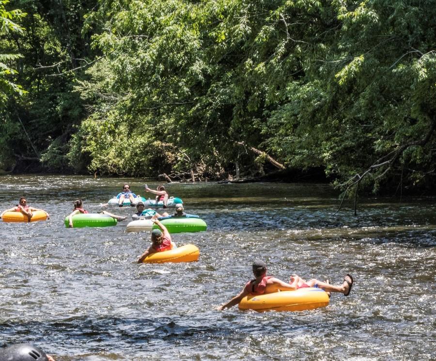 Free tubing rides at RiverFest