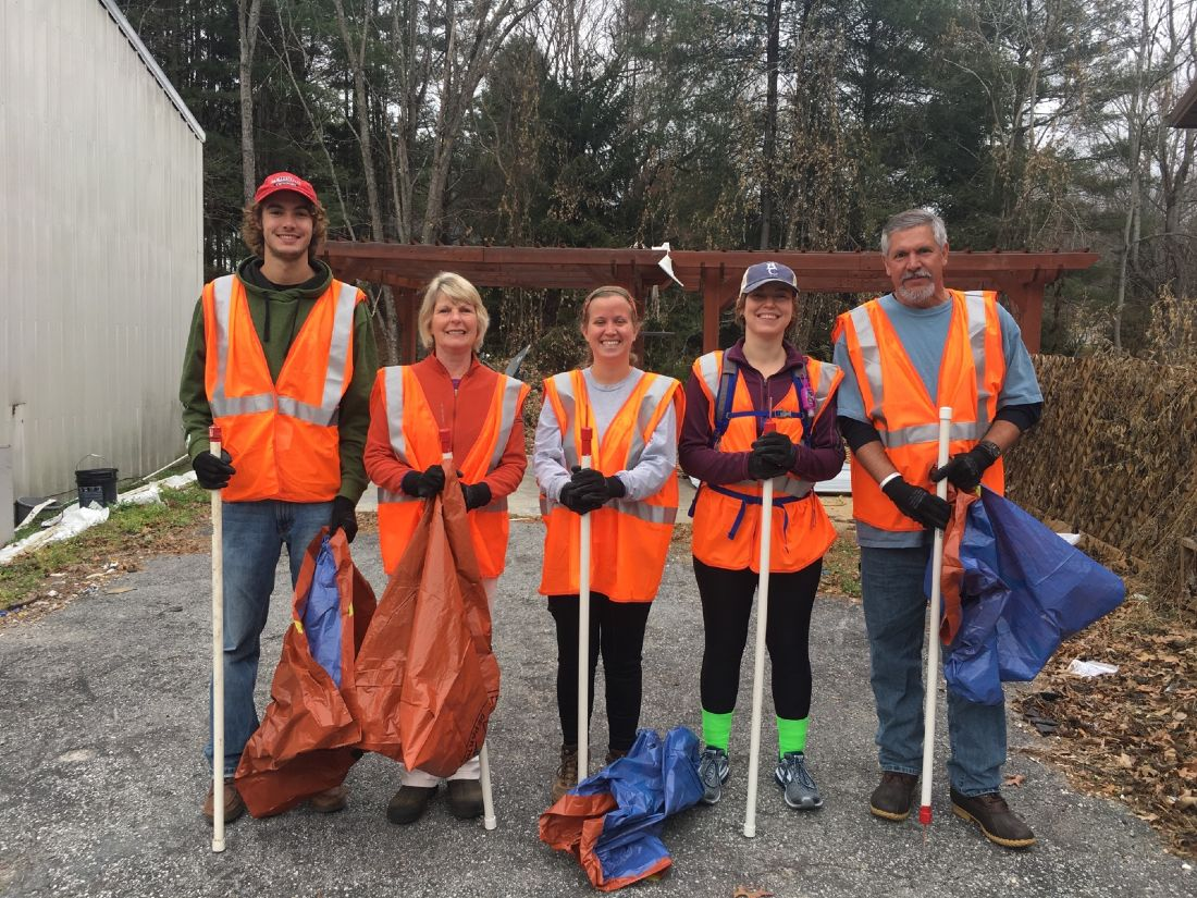 Highway Cleanup Volunteers