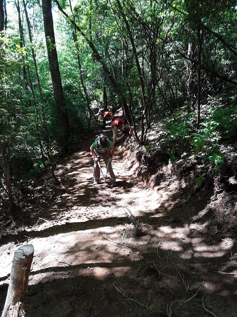 Bracken Mountain trail volunteers